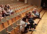 Po spektaklio vyko susitikimas su kūrybine grupe.